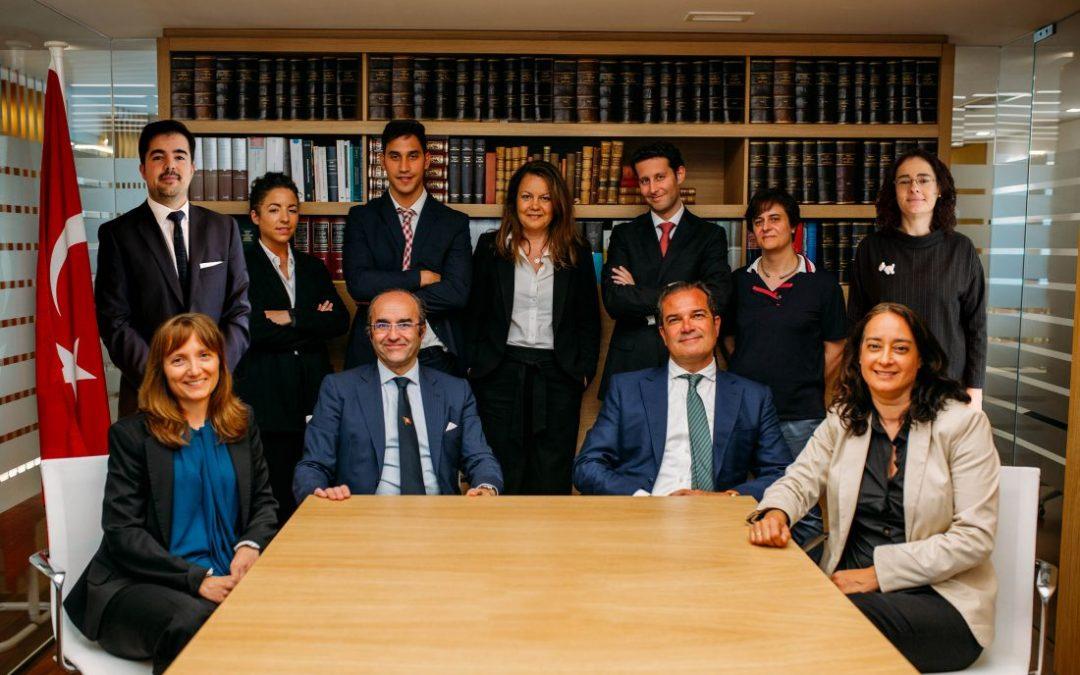 Zamorano and Peleteiro merge their respective law firms
