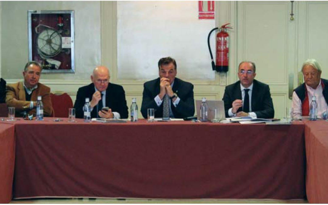 Nuestro socio Francisco Peleteiro , secretario general de la AEEA, conduce en Madrid , la Asamblea General con más de 40 empresarios del sector de los servicios portuarios de España.