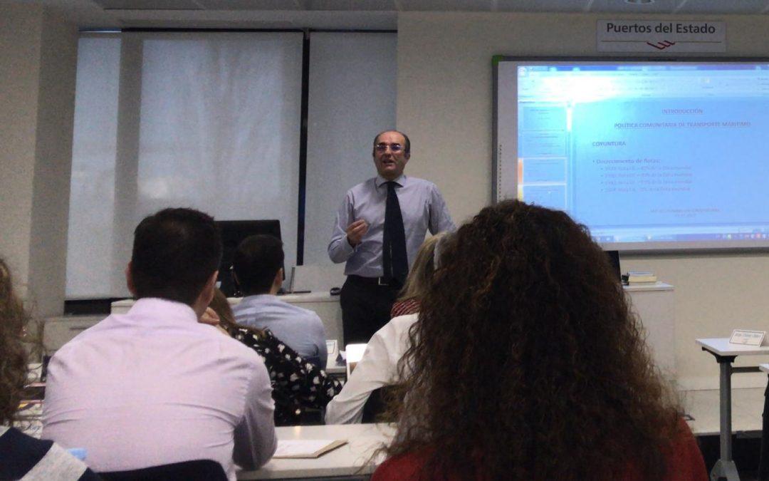 Clase Magistral de Francisco Peleteiro sobre Transporte Marítimo y Normativa Comunitaria en el MGPPI