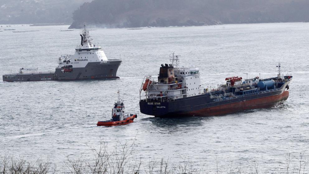 Asuntos jurídicos marítimos – Rescate del barco Blue Star